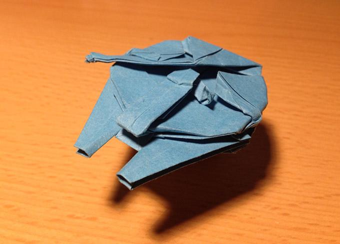 Origami-Millennium-Falcon