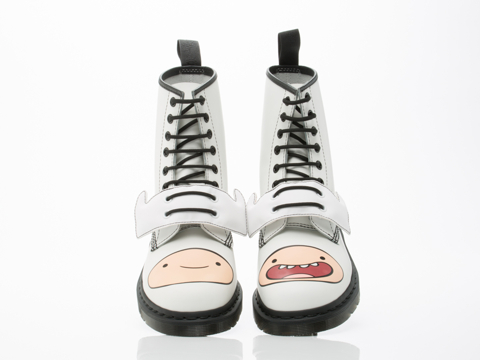 Dr.-Martens-X-Adventure-Time-shoes-Finn-Boot-Mens-(White)-010606