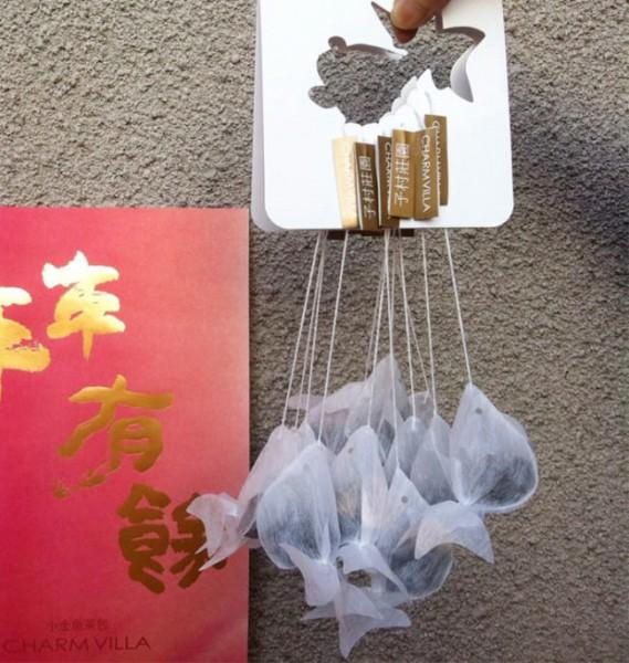 gold-fish-tea-bag-charm-villa-1-650x685