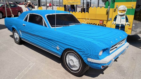full_size_lego_mustang_1