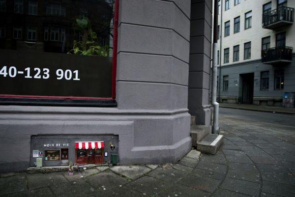 AnonyMouse - In Schweden wurden winzige Läden für Mäuse eröffnet